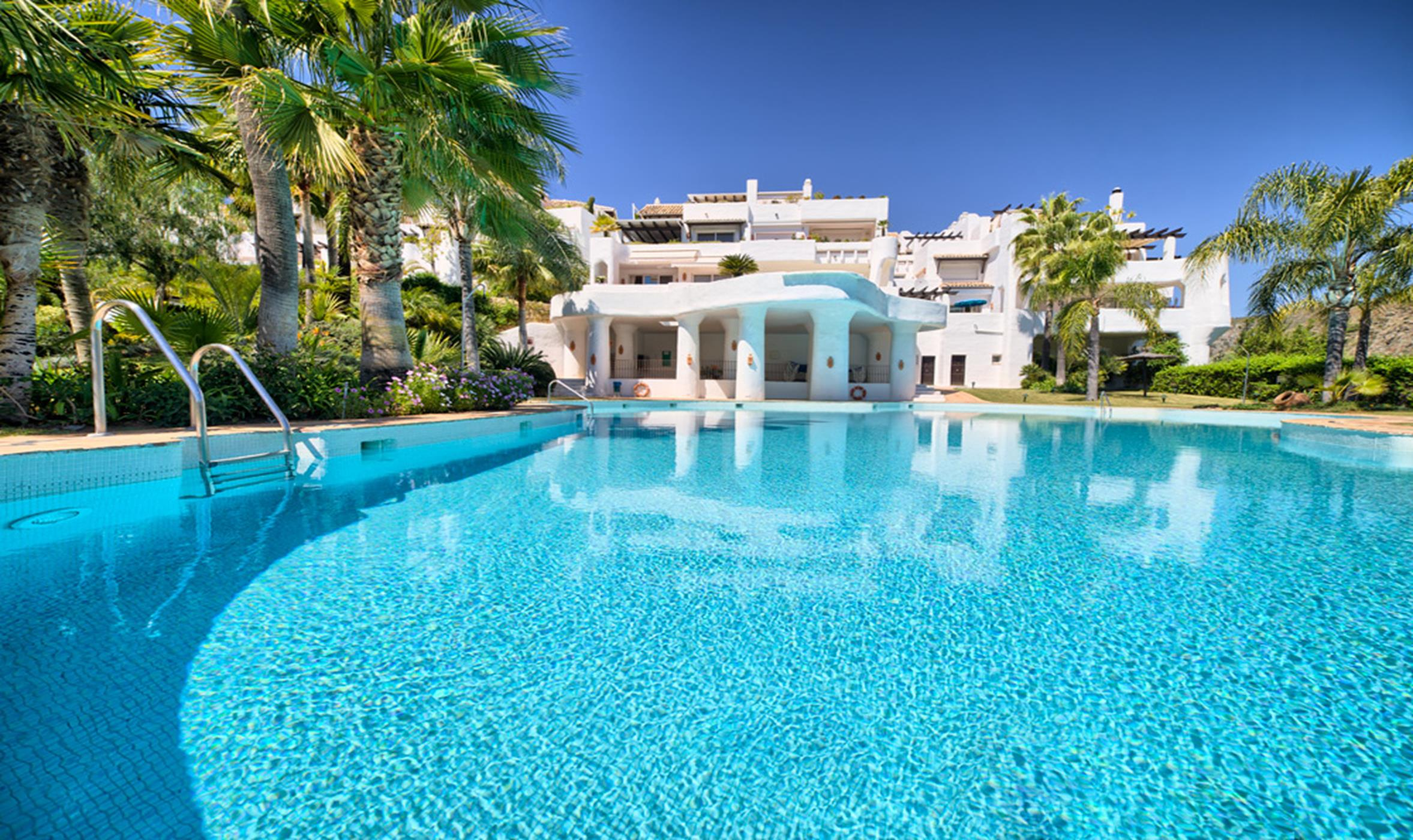 Luxury penthouse in Lomas de La Quinta