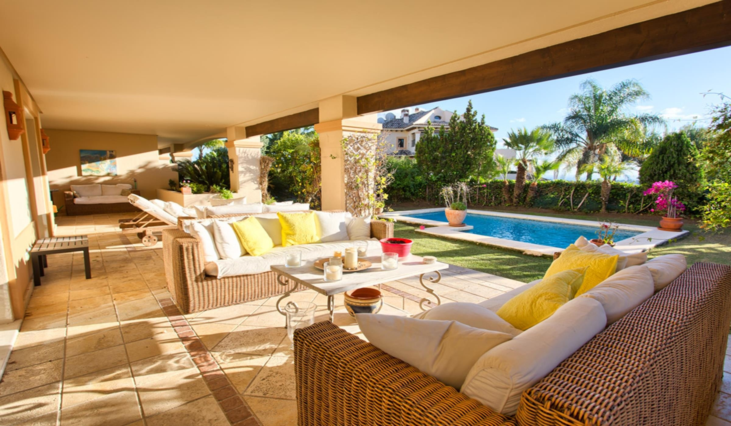 Luxury ground floor apartment in Aloha Park Nva. Andalucia.