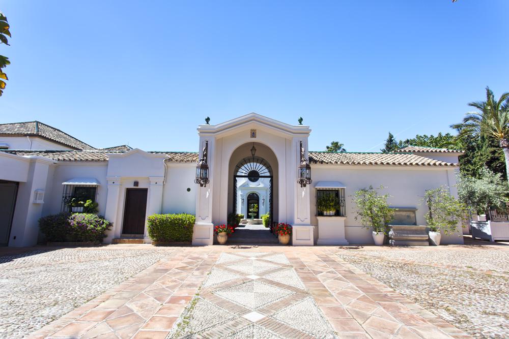 Spectacular property in Guadalmina Baja.