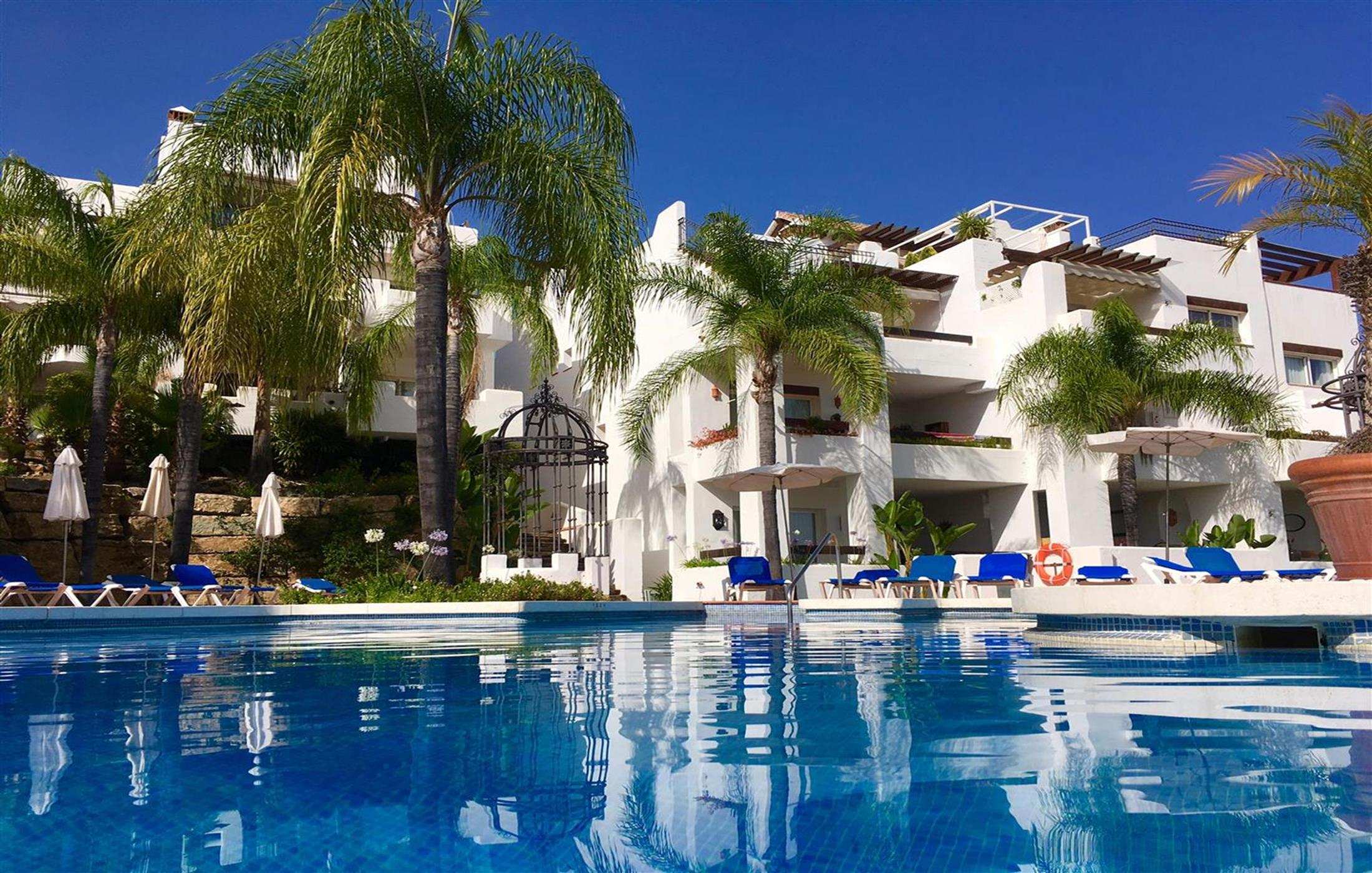 Apartment for rent in Tortugas de Aloha, Nueva Andalucía