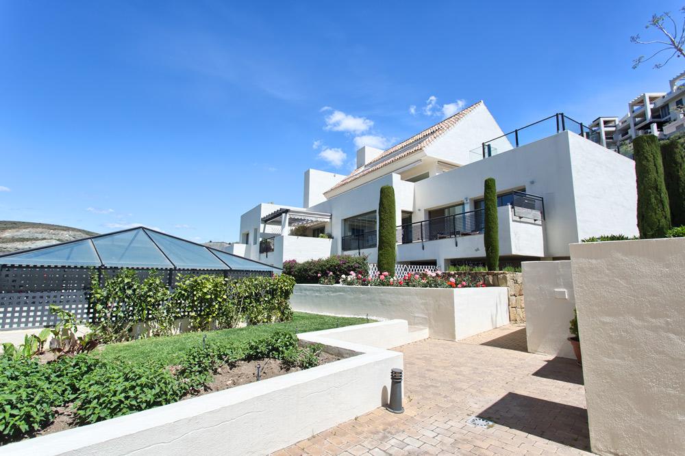 Apartamento contemporáneo de lujo en Los Flamingos Golf, Resort.