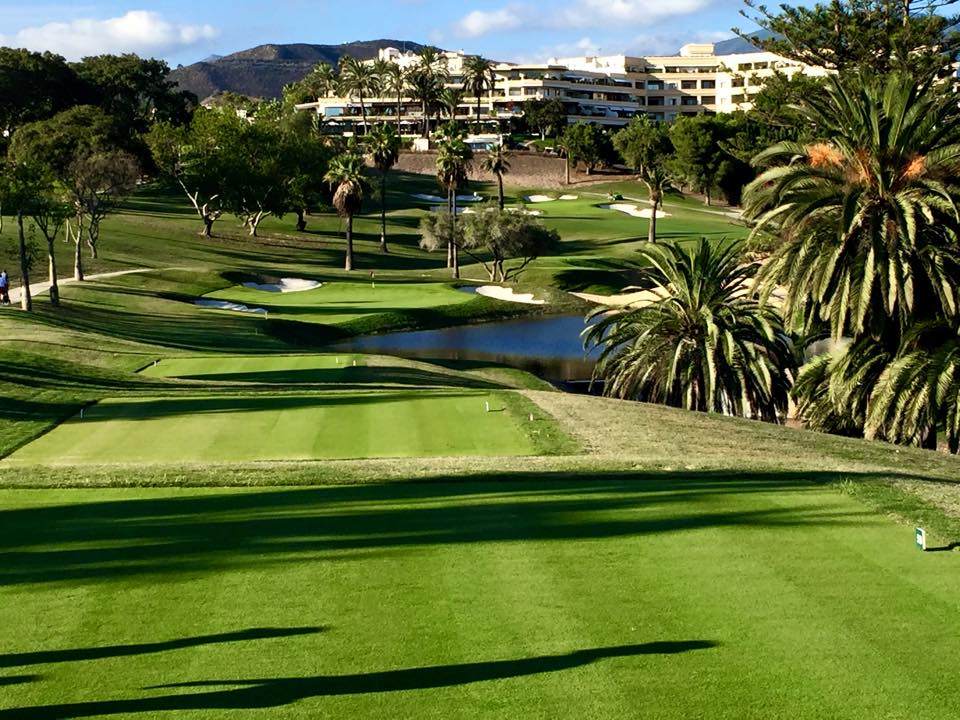 Beautiful one bedroom apartment for rent at Hotel Del golf