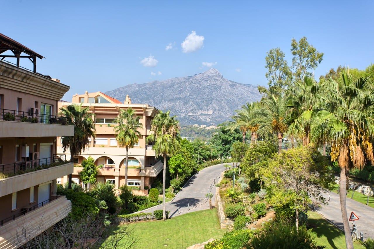 Atractivo apartamento en Nueva Andalucía.