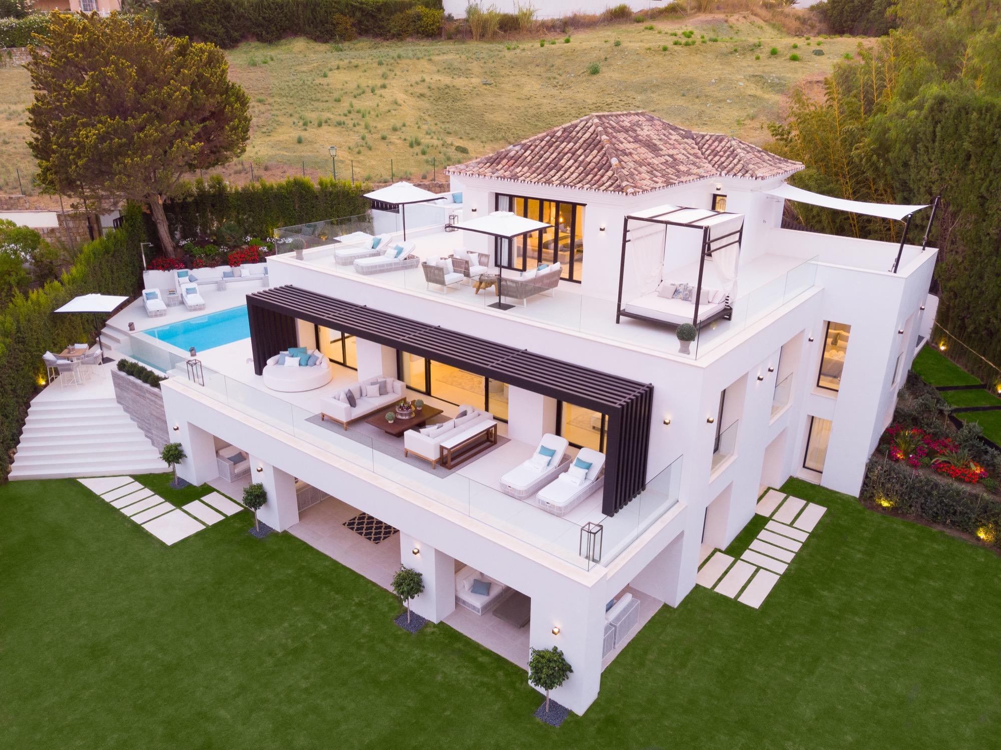 Casa moderna de lujo en el corazon de Nueva Andalucia