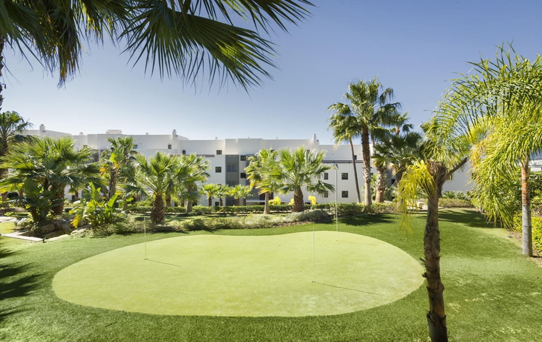 Apartamentos «llave en mano» cerca del golf en Benahavis